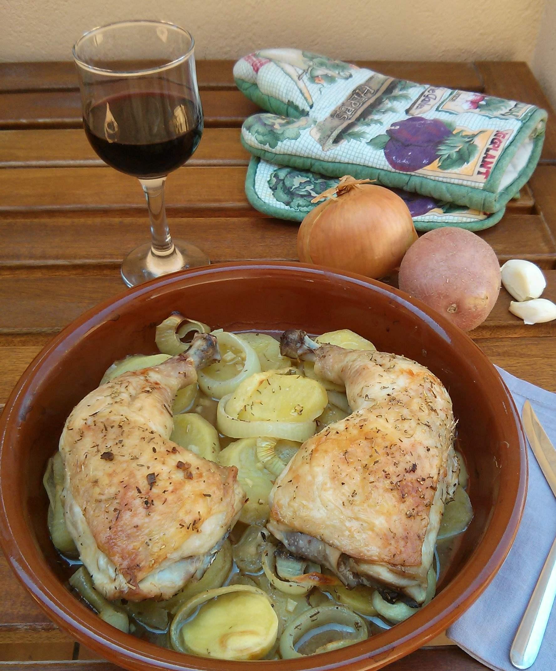 Pollo al horno con patatas y cebolla no mata engorda - Pollo al horno con limon y patatas ...